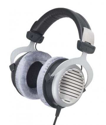 beyerdynamic dt 990 headphones